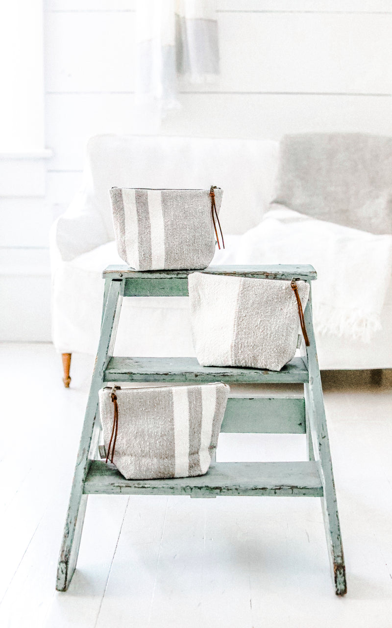 Oyster Stripe Charlotte Pouch