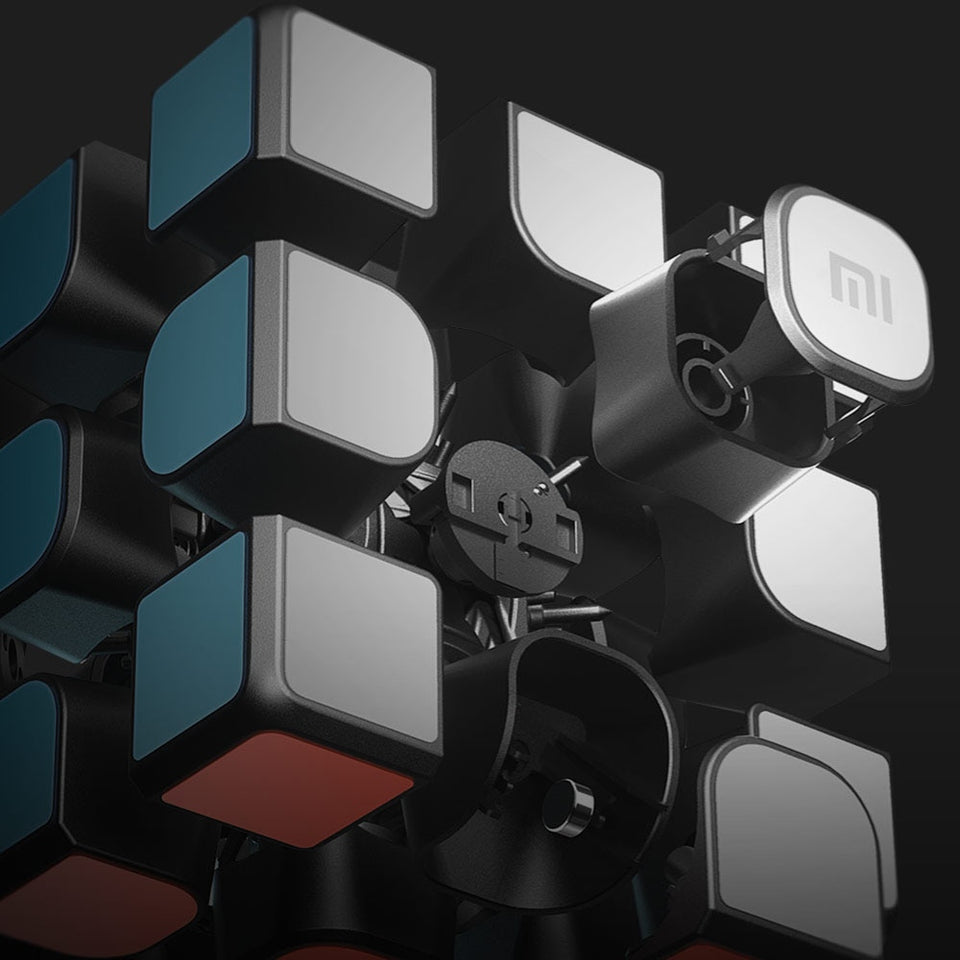 SmartCube - Bluetooth Smart-Solving Rubik's Cube
