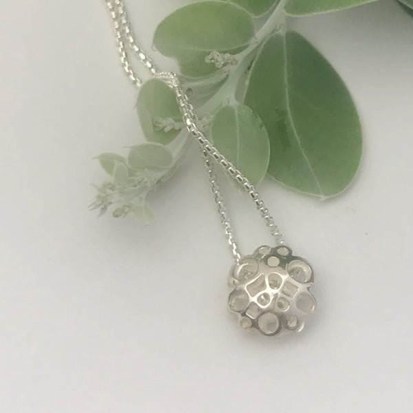 Small silver flower neckpiece