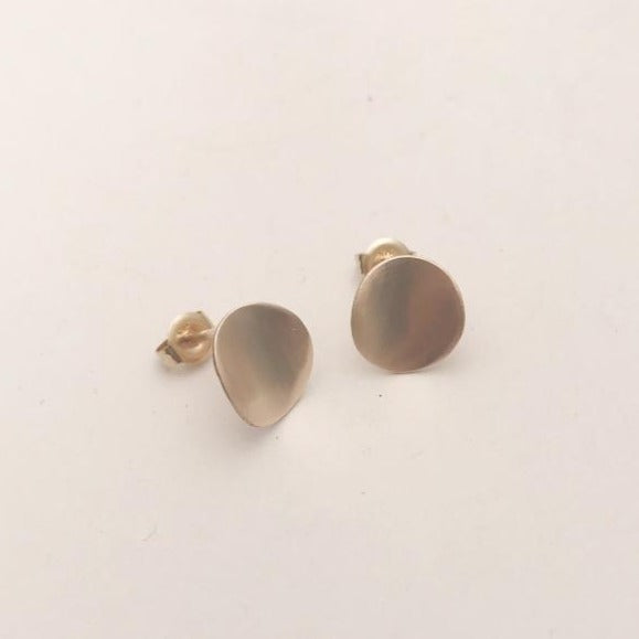 Medium Gold Curved Earrings