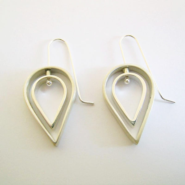 Tear Drop Silver dangle Earrings