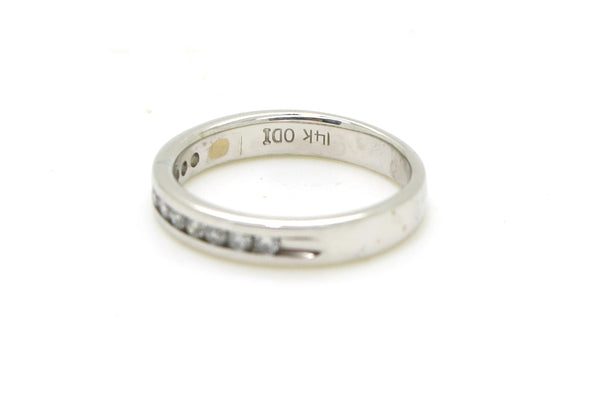 14k White Gold Channel-Set Round Diamond Wedding Band - .25 ct. total - Size 5