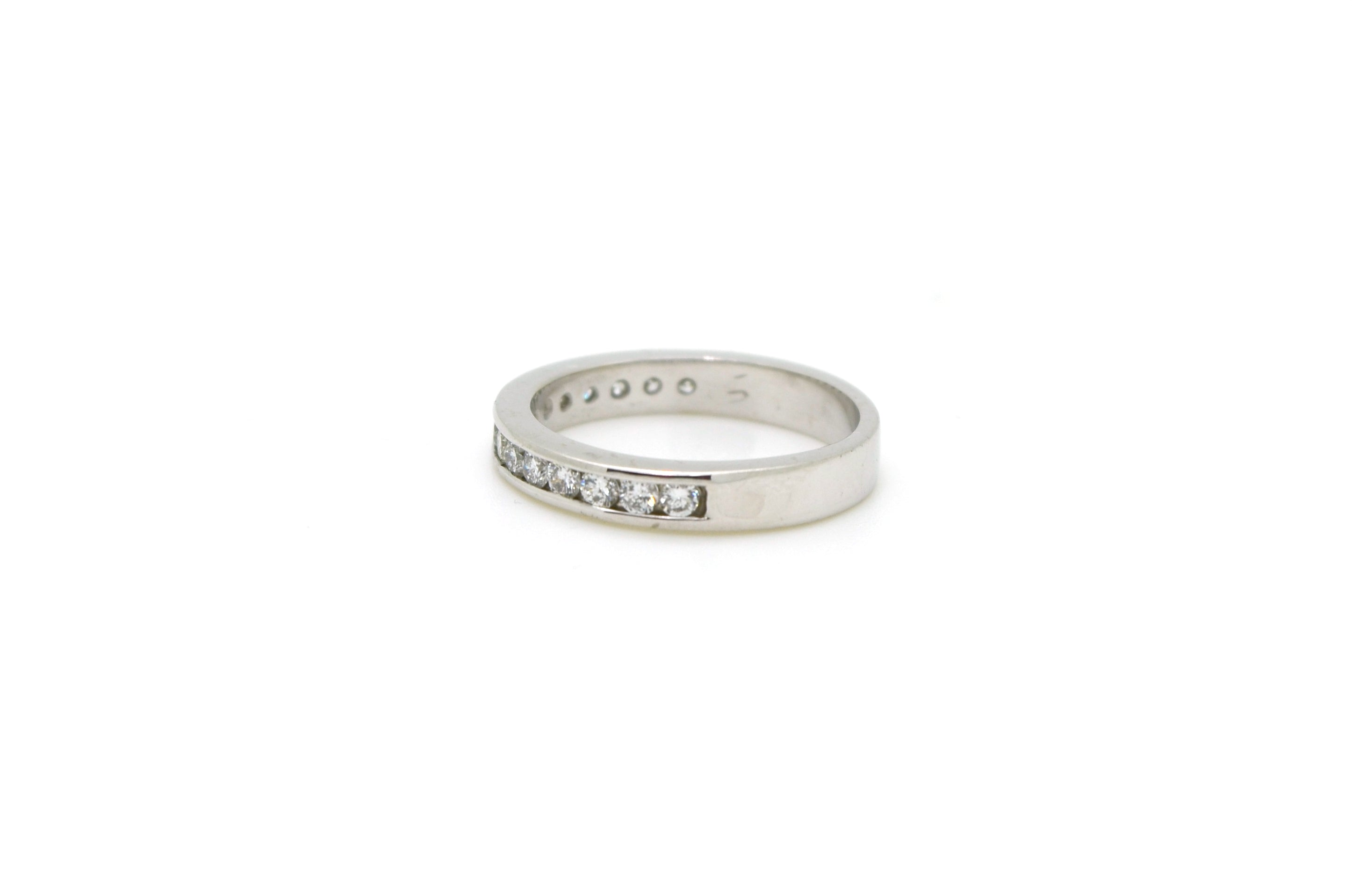 diamond edwards davies channel band set and gold product baguette ring bands white round