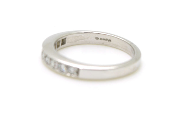 14k White Gold Round Diamond 3.3 mm Band Ring - .20 ct. total - Size 6.5
