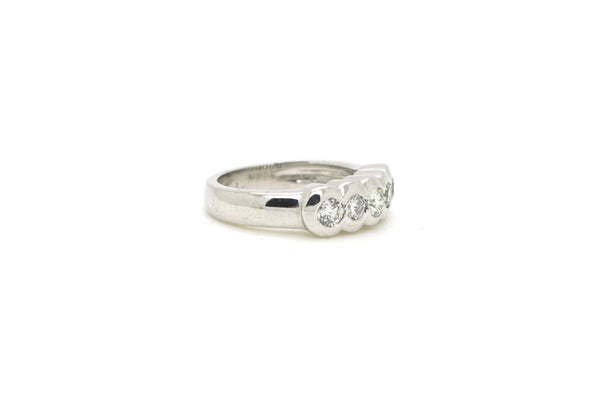 14k White Gold Round Diamond Five Stone 5.8 mm Band Ring - .50 ct. tw - Size 5.5