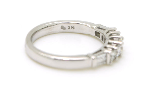 14k White Gold Princess & Baguette Diamond Band Ring - 1.00 ct. total - Size 7