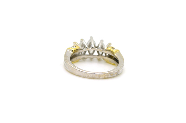 14k White & Yellow Gold Graduated Marquise Diamond Ring - 1.15 ct. tw - Size 7