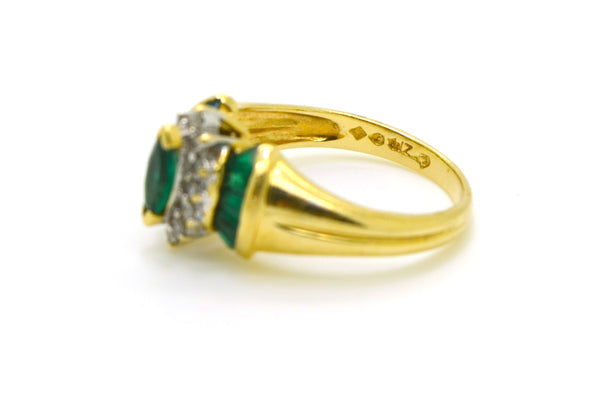 14k Yellow Gold Green Emerald & Diamond Cocktail Ring - .90 ct. total - Size 7