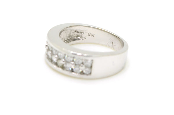 14k White Gold Round Diamond 6.7 mm Band Ring - .80 ct. total - Size 6.5