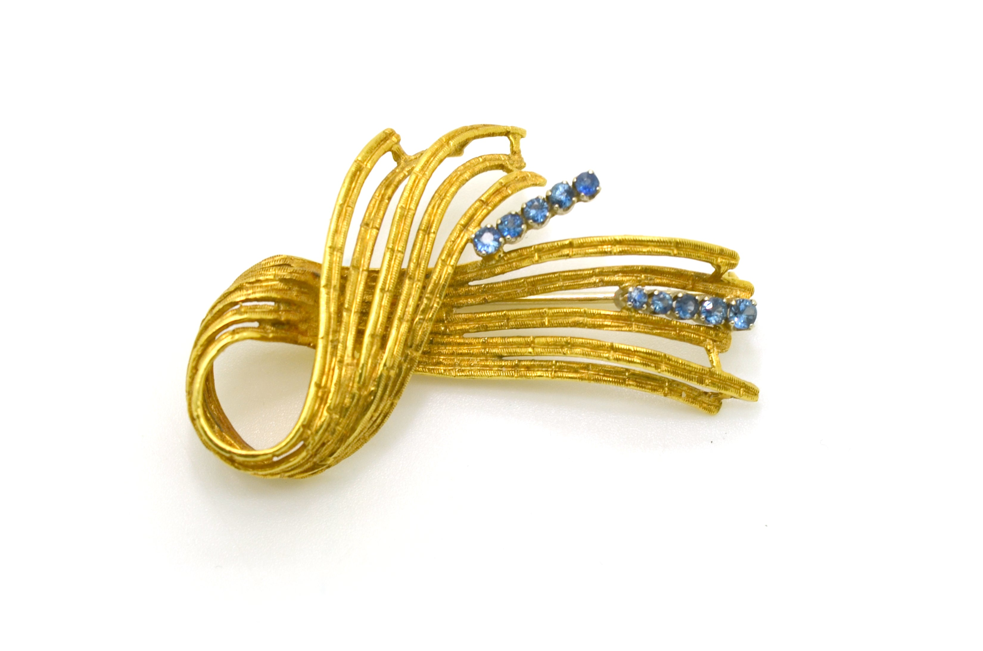 Vintage 18k Yellow Gold Textured Ribbon Blue Sapphire Brooch - .35 ct. total