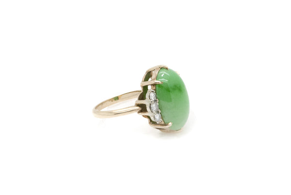Vintage 14k Yellow Gold Jade Cabochon & Diamond Ring - 7.75 ct. tw - Size 6.25