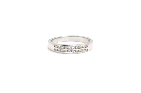 14k White Gold 2-Row Channel Round Diamond Band Ring - .25 ct. total - Size 7