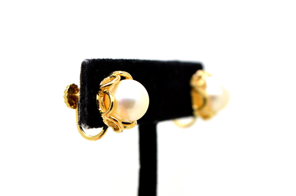 14k Yellow Gold Round White 9 mm Pearl Huggie Clip-on Earrings - Screw Back