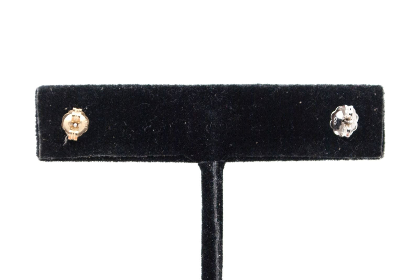 Perfect Everyday Pair of 14k Yellow and White Gold Two Toned Stud Earrings