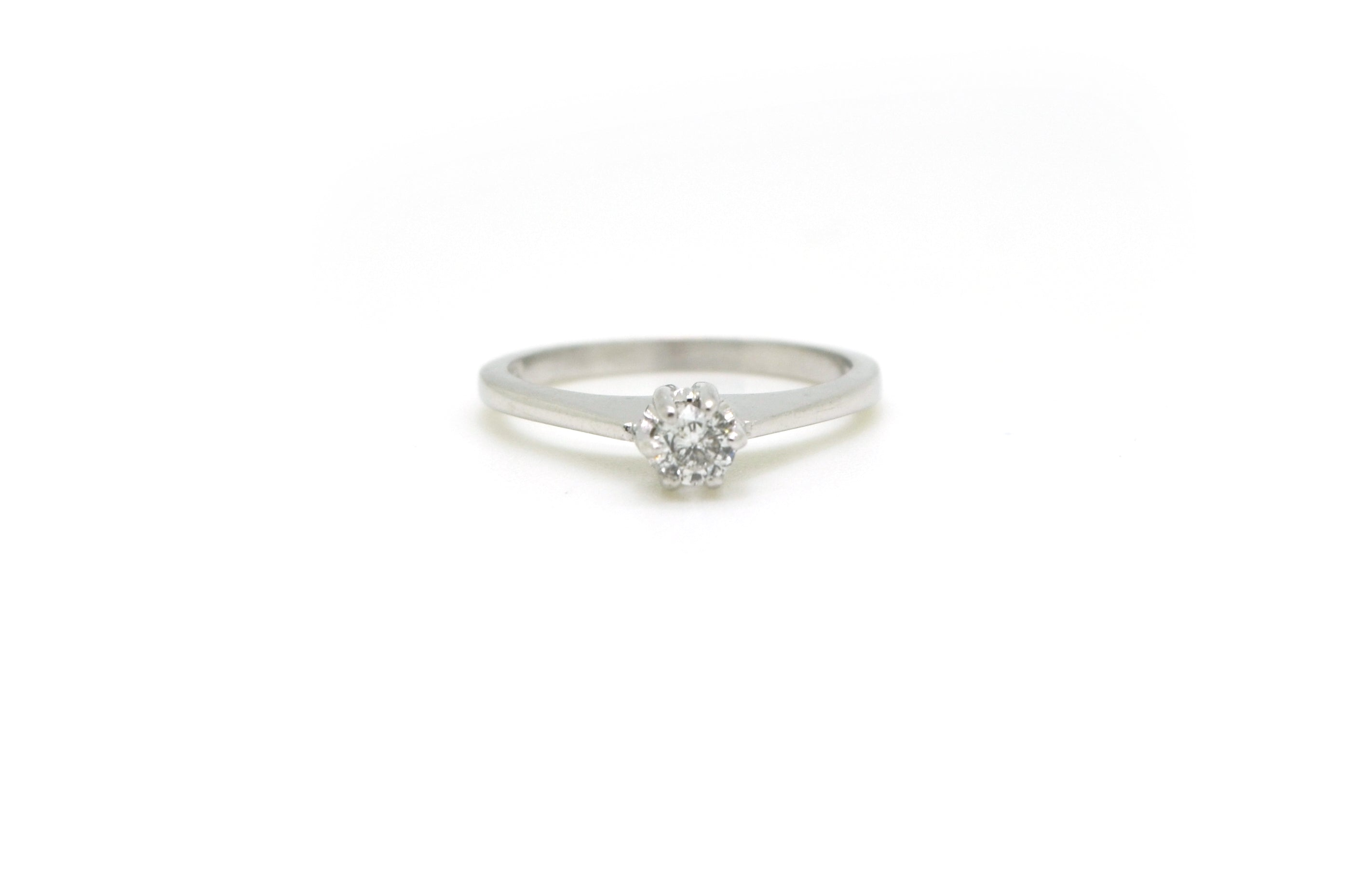 14k White Gold Round Diamond Solitaire Engagement Ring - .20 ct. - Size 6.25