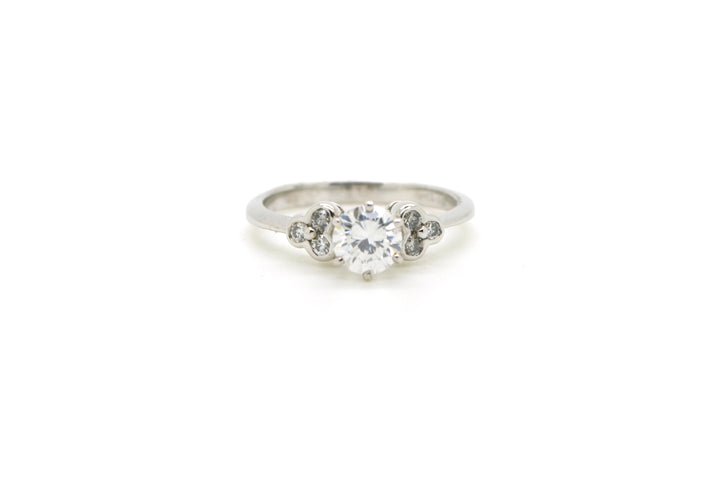 18k White Gold Round Diamond Engagement Promise Ring - .90 ct. total - Size 6.5
