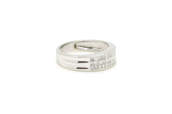 14k White Gold Invisible Set Princess Diamond Band Ring - 1.25 ct tw - Size 10.5