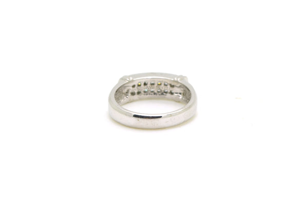 18k White Gold & Platinum Invisible Set Diamond Band Ring - .50 ct tw - Size 6.5