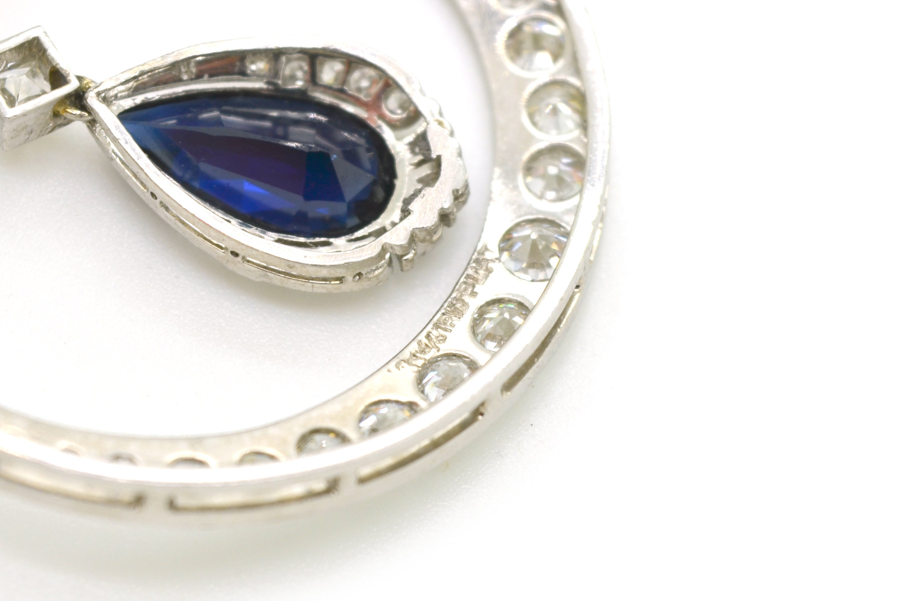 sapphire at diamond buy and platinum truefacet brooch