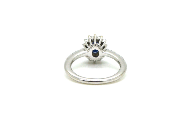 10k White Gold Oval Sapphire & Diamond Halo Ring - 1.20 ct. total - Size 6.5