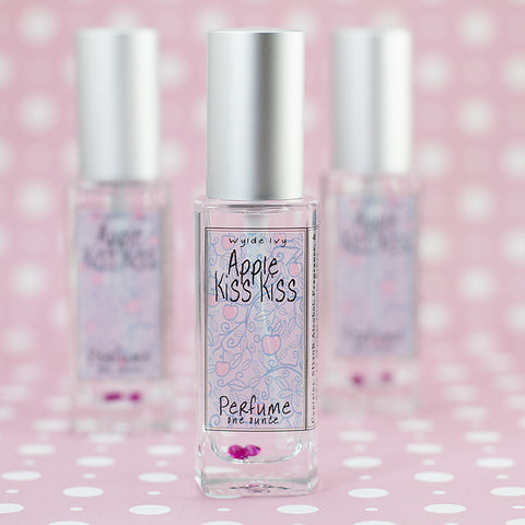 Apple Kiss Kiss Perfume