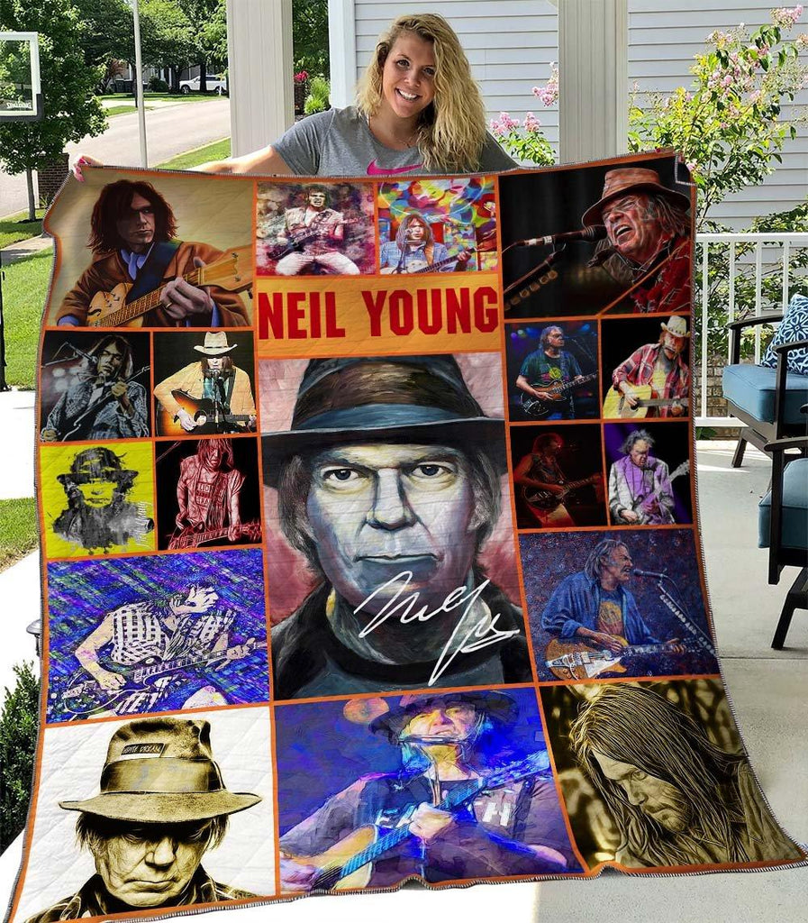 Neil Young Ver4 Quilts