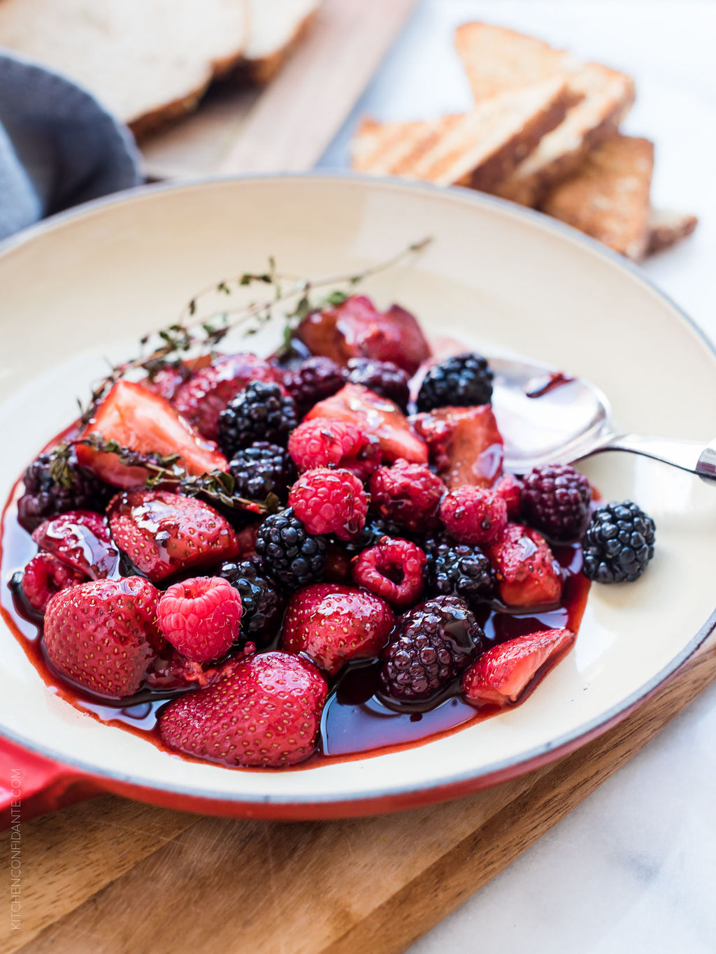 How To Make Berry Balsamic Vinaigrette