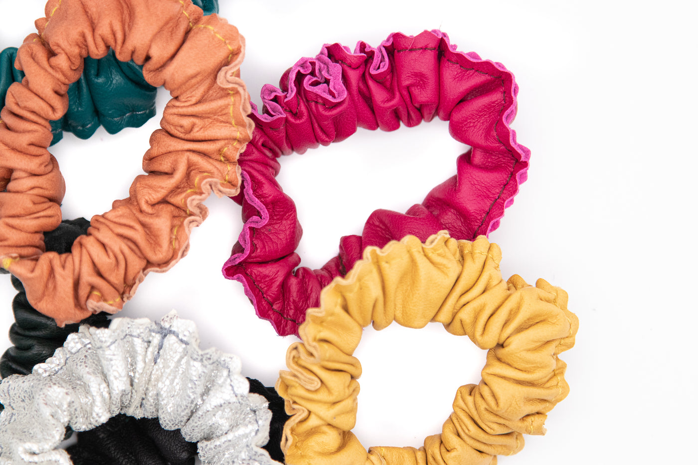 collections/leather-scrunchies-4.jpg