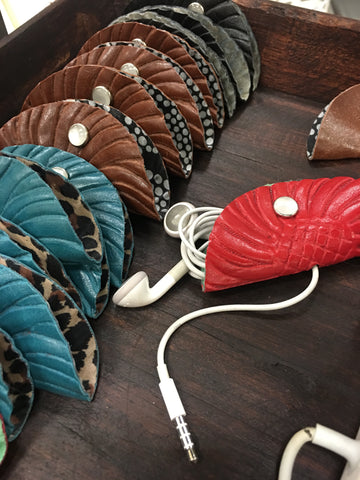 headphone tacos - say goodbye to tangled earbud cords