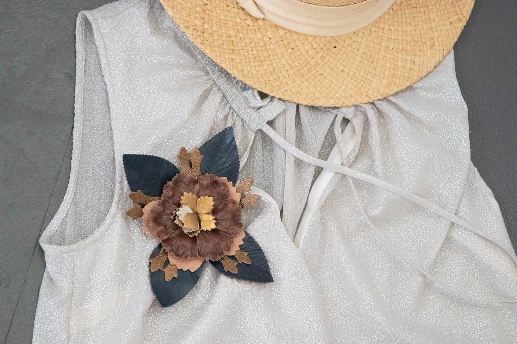 Flower Pin Brooch - Navy and Brown