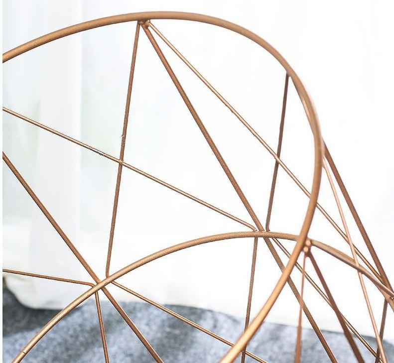 Modern Rose Gold Round Wire Metal Storage Side Coffee Table