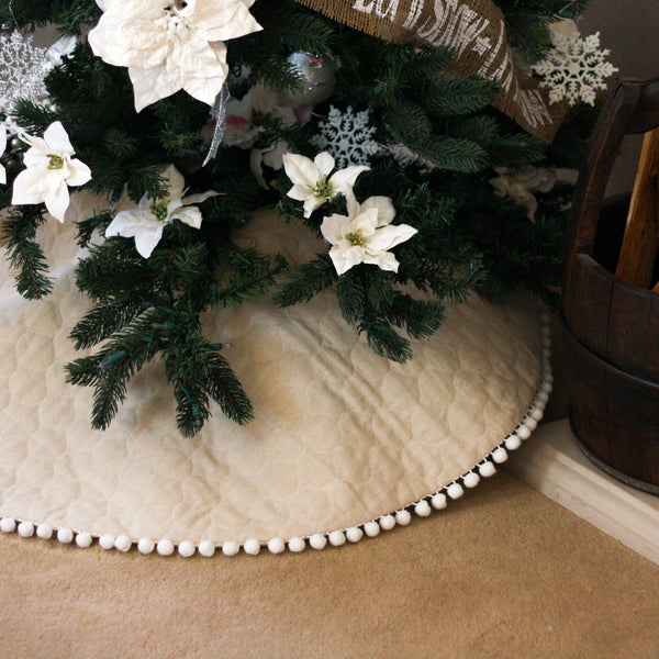 "42"" Quilted Tree Skirt with Pom Pom Trim"