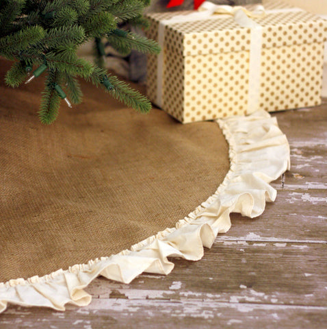Natural Burlap Tree Skirt with Hemmed Ruffle