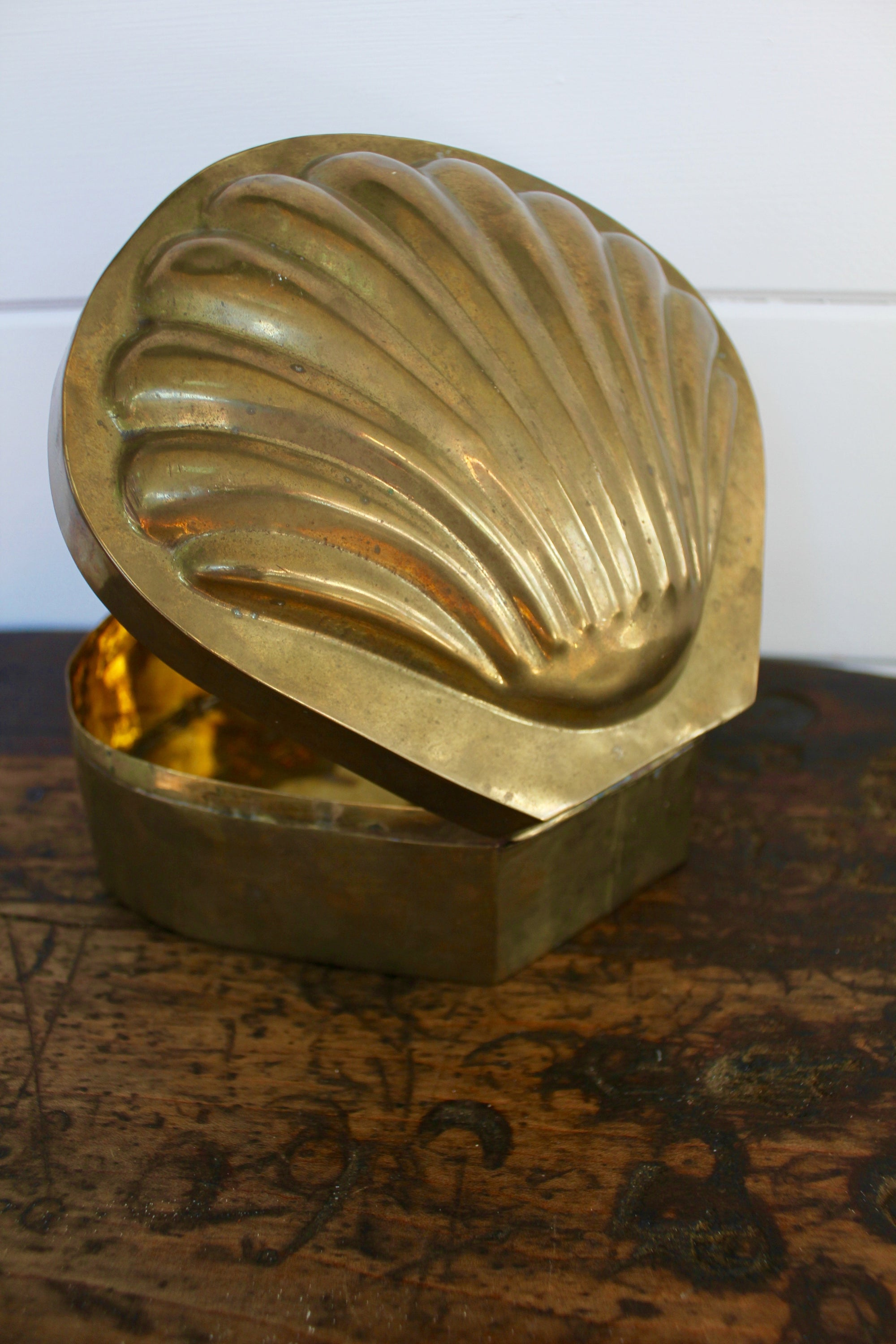 Brass Shell Box - Diamonds & Rust