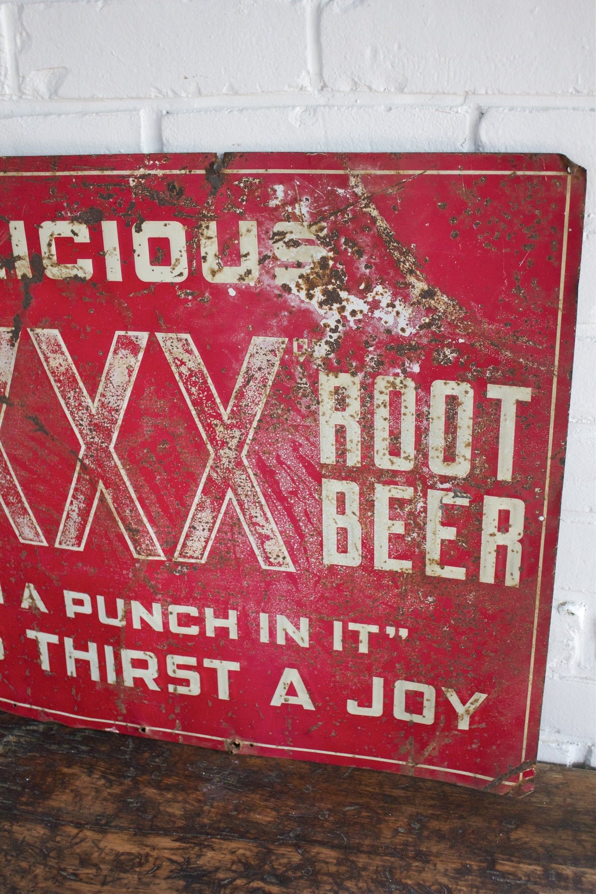 Triple XXX Root Beer Sign