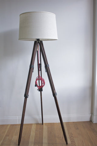 Adjustable Tripod Lamp