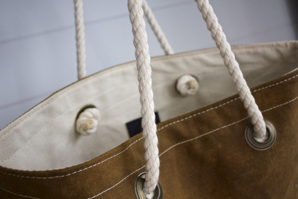 Simple Canvas Tote 01 - Diamonds & Rust