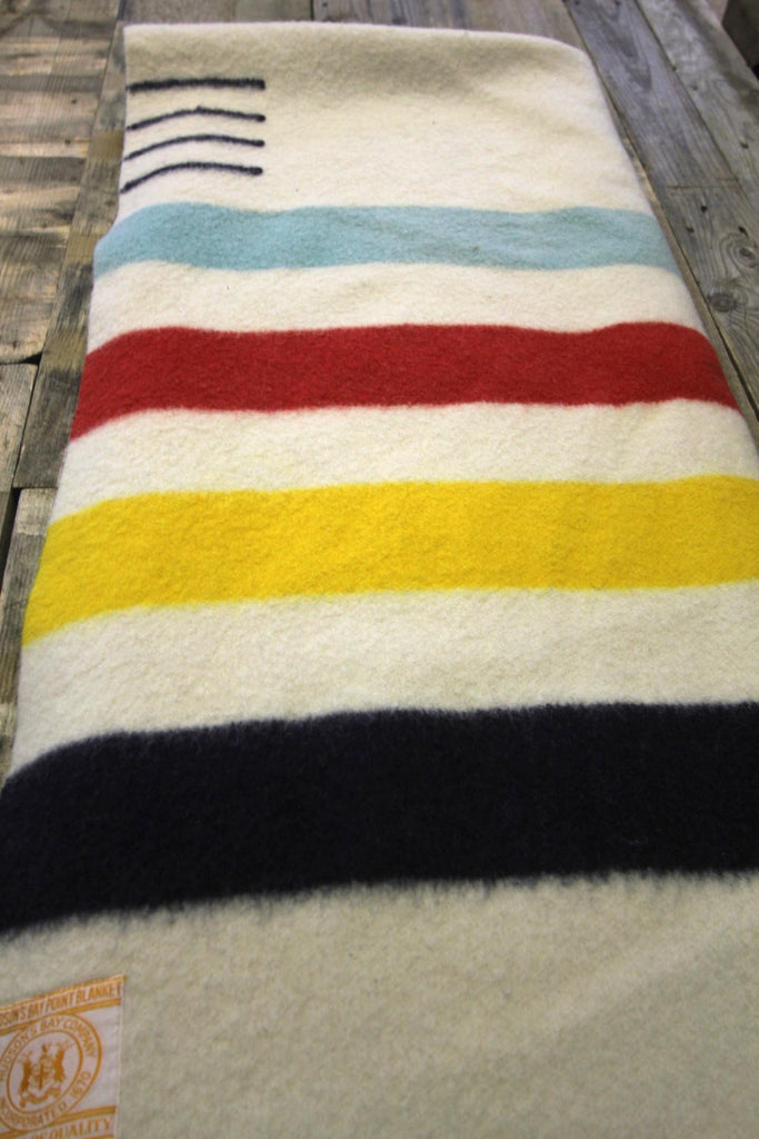 Hudson's Bay Blanket 4 Point  (B)