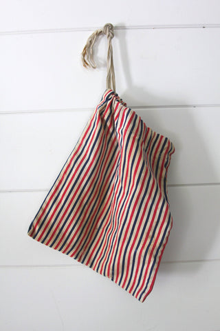 40s Era Clothes Pin Bag