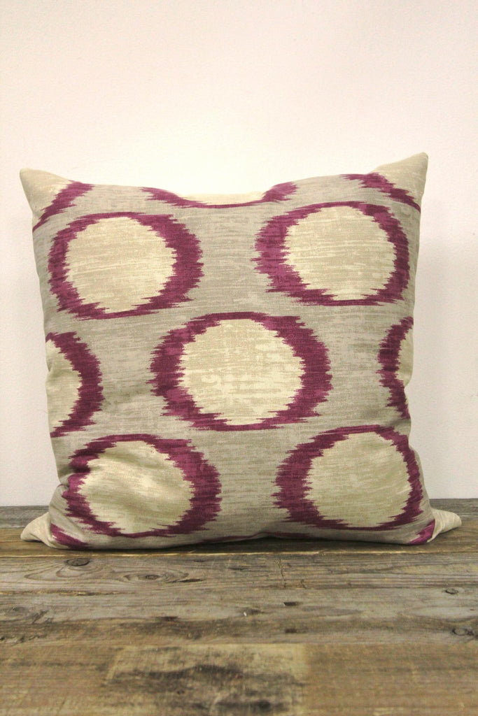 Purple Circle Patter Pillow 20 x 20