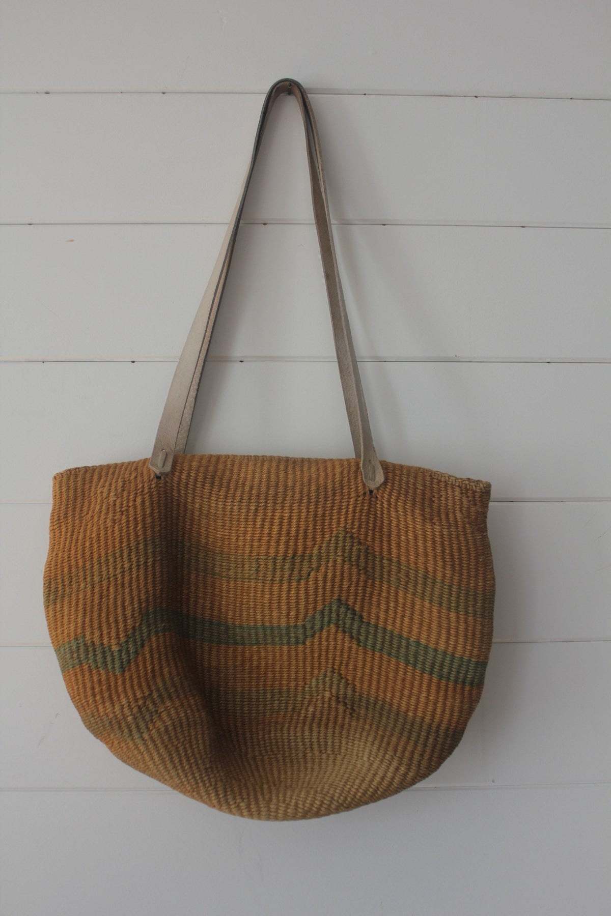 Vintage Sisal Bucket Bag - Diamonds & Rust