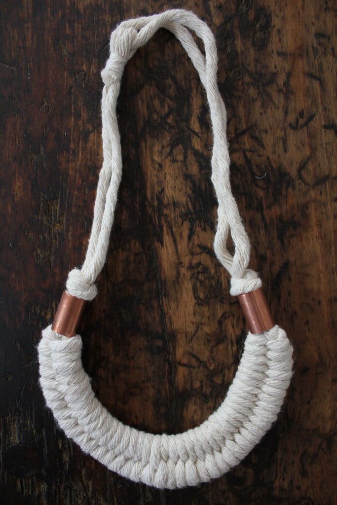 Natural Dolly Necklace
