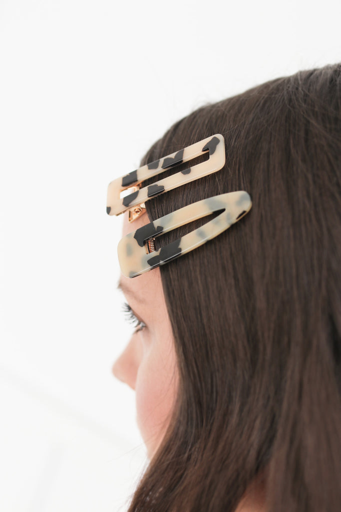 Blonde Tortoise Shell Hair Clip Set