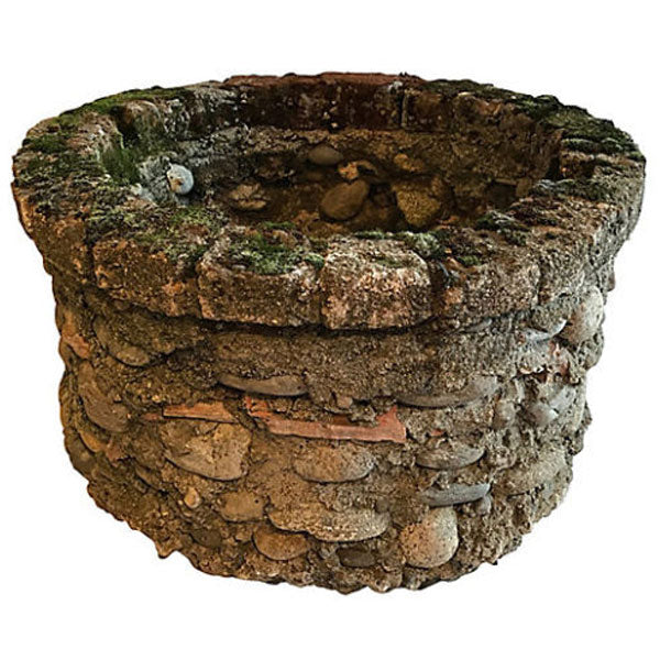 French-Stacked-Stone-Well-600x408