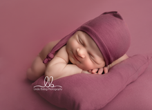 Load image into Gallery viewer, Newborn Posing Pillow with Matching Hat - Design by C Maternity
