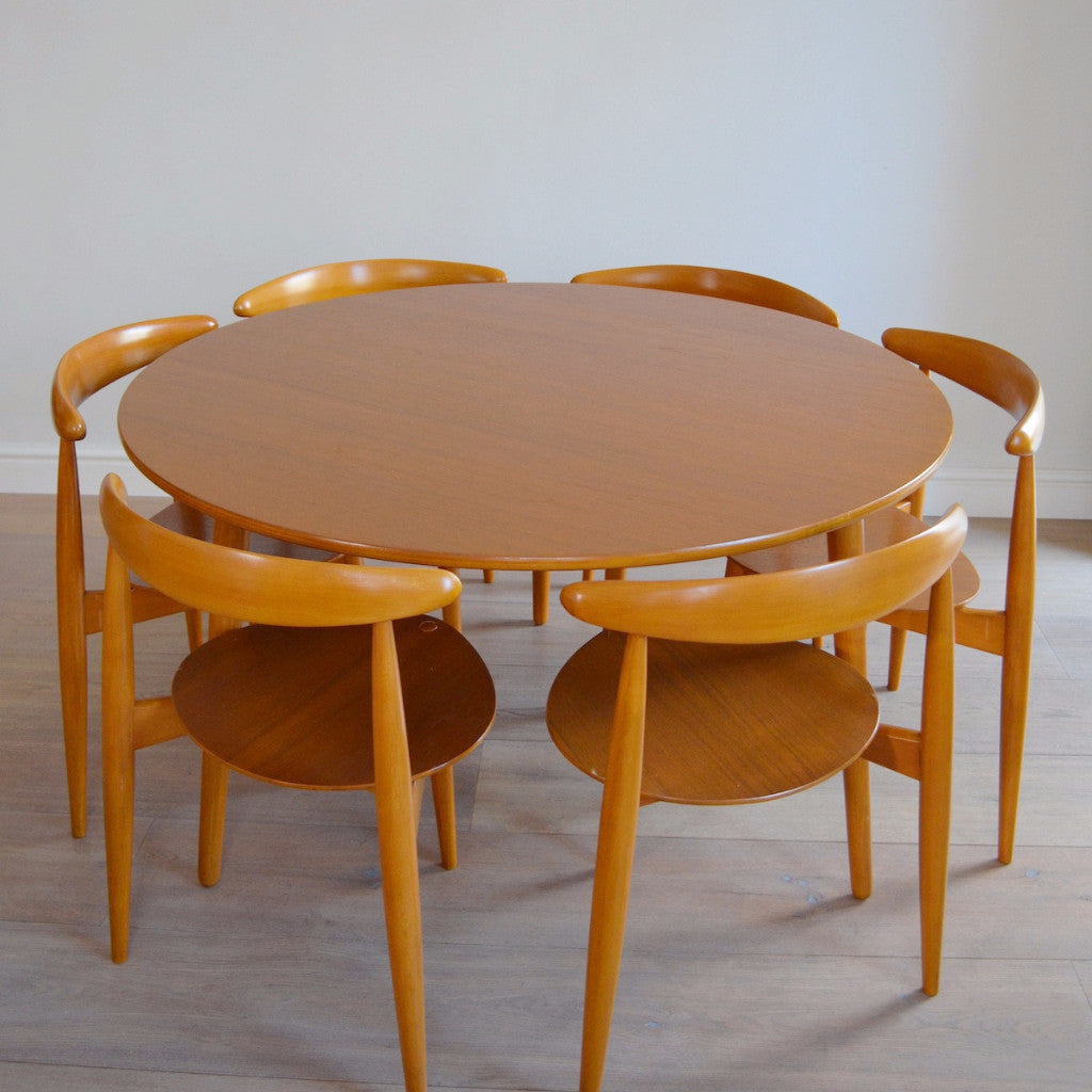 Hans Wegner Heart Dining Table and Six Chairs