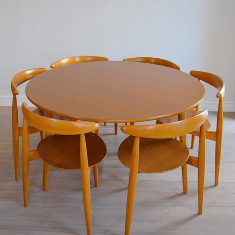 Hans J. Wegner 'Heart' Dining Table and Stacking Chairs