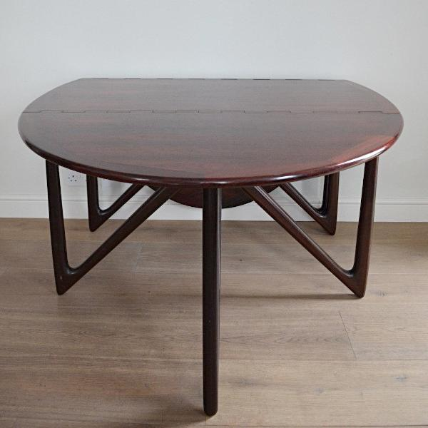 Kurt Østervig Extending Dining Table