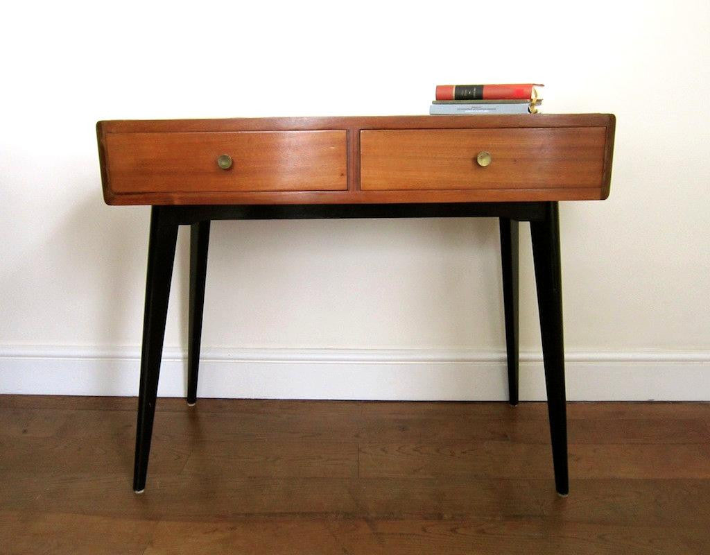 mid century console table flure grossart vintage design interiors. Black Bedroom Furniture Sets. Home Design Ideas