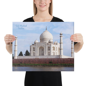 Canvas - Taj Mahal - Moslem Mosque and tourist attraction - Islam - Agra - India